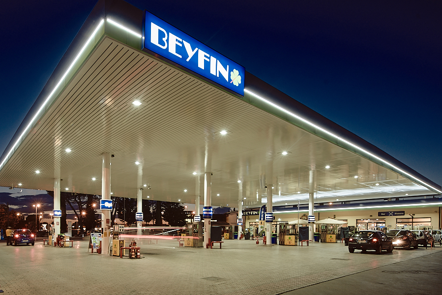 industrial corporate photography for Beyfin gas and petrol