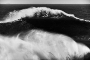 fine art black and white photo of a huge wave in Nazaré, Portugal during winter 2016